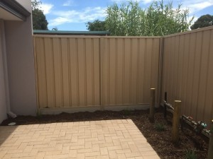Colorbond fencing install in Perth – Domain