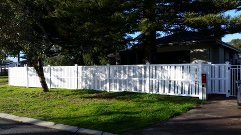 Residential feature fencing