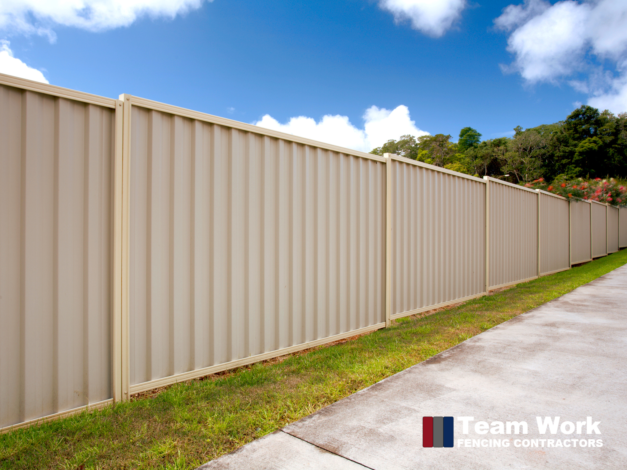 Classic Cream Colorbond Fence with Two Colors Perth WA