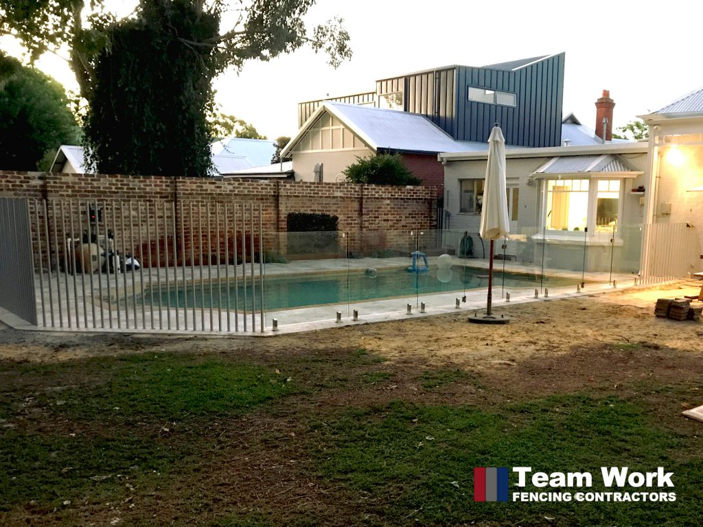 Custom Glass Pool Fence with Free Standing Tube Posts in Perth - Sideview