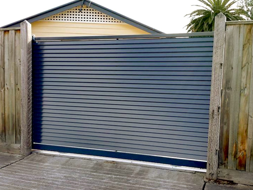 Privacy Slat Louver Fencing Perth