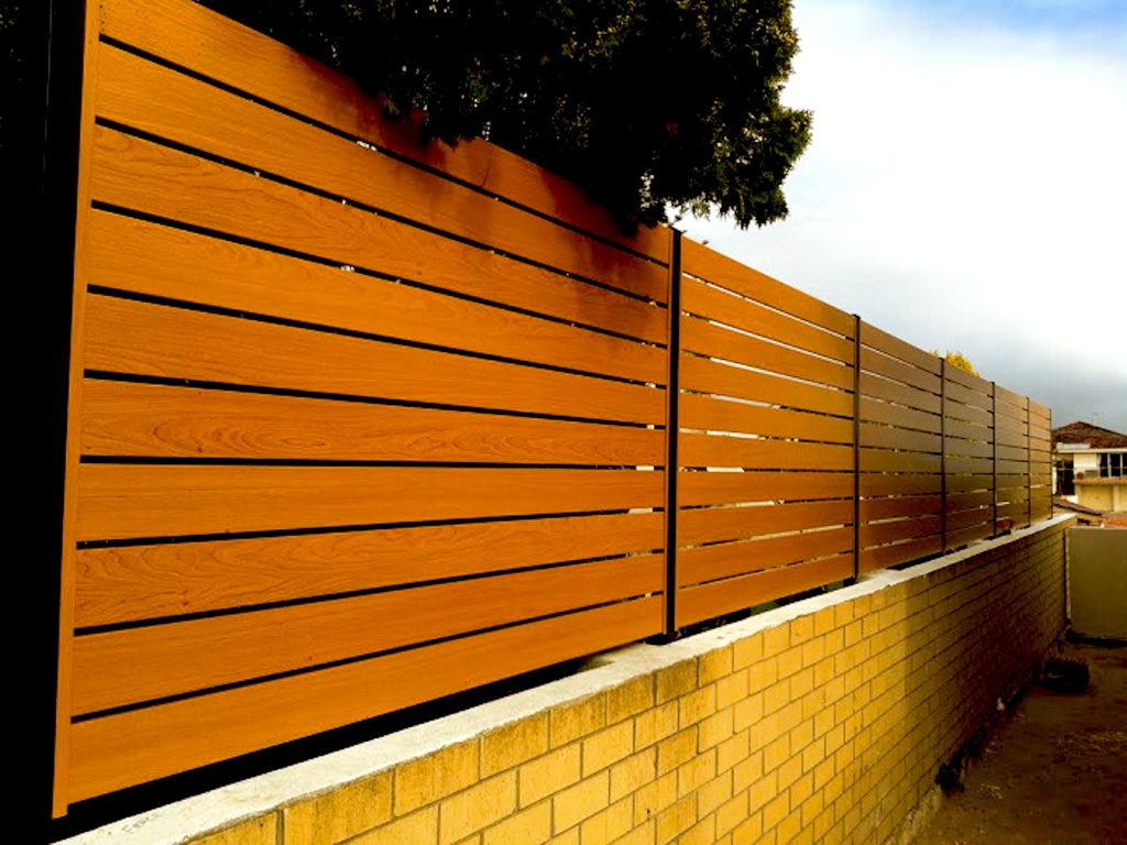 Wood Effect Finish Horizontal Aluminium Slat Fencing Perth