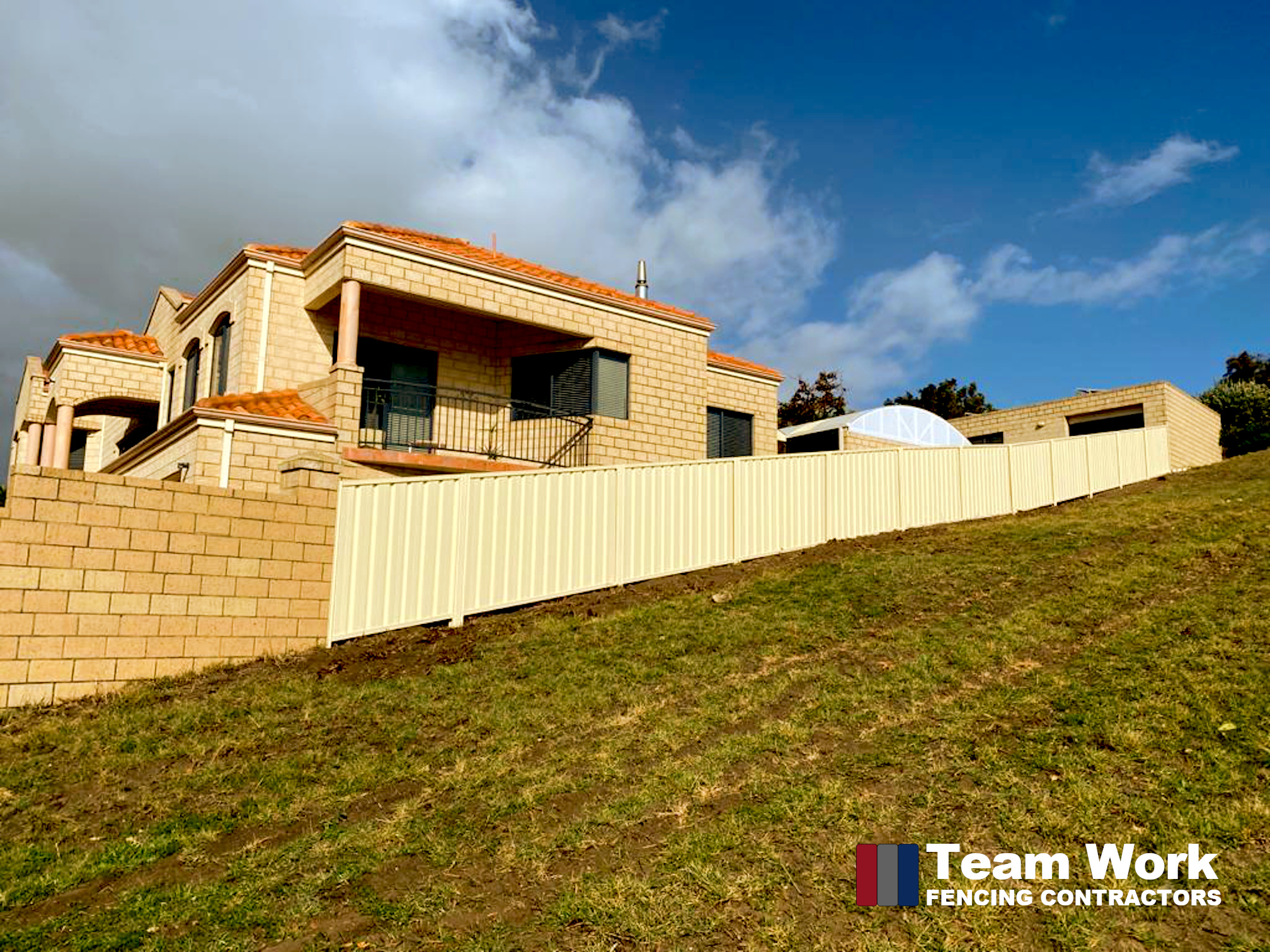 Installing Colorbond Fence on a Slope - Perth WA