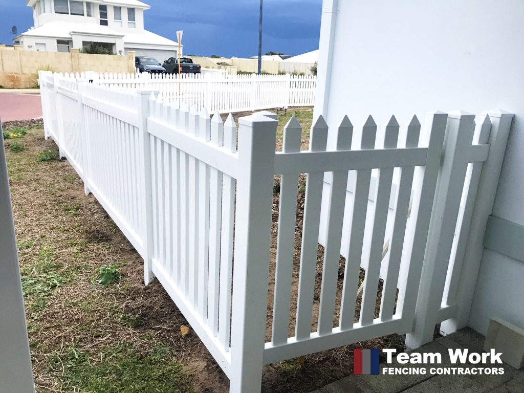 New English Flat PVC Fencing and Gate Installation Perth