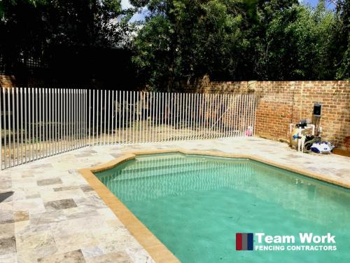 Custom Glass Pool Fence with Free Standing Tube Posts in Perth - Close Up