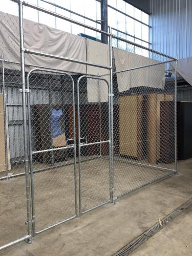 Installing Chainmesh Cage for storage